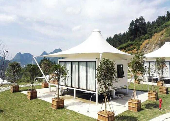 Luxury Hotel Tent Room
