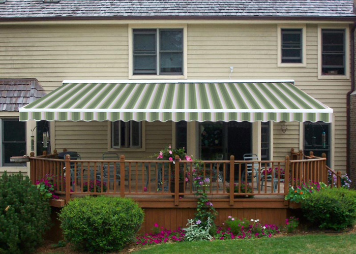 Semi-Cassette Retractable Awning