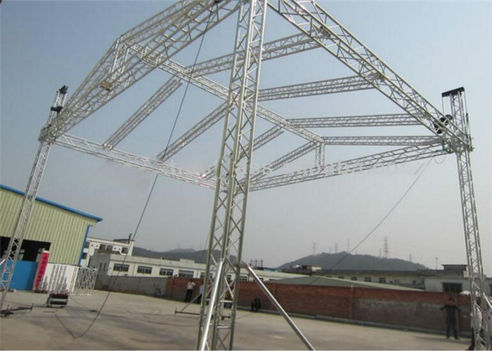 Ground Support Truss System With Performance Stage