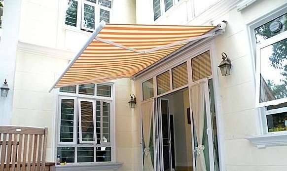 Outdoor electric rain and sun resistant retractable awning ...